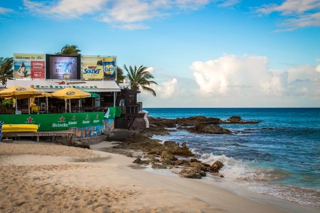 Sun Set Beach Bar 1